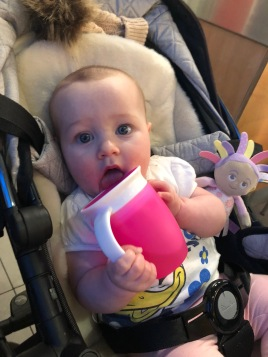 Her Munchkin 360 cup
